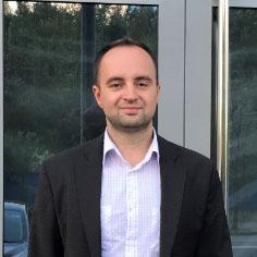 Привет. Меня зовут Сергей Биба. И я знаю, как улучшить ваш бизнес с помощью нашей сервисной компании «Ремзона».